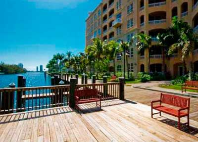Alaqua Condominiums for Sale and Rent
